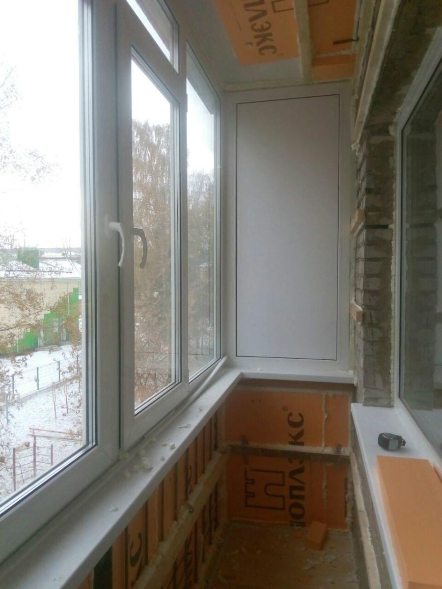 Готовый алюминиевый балкон.