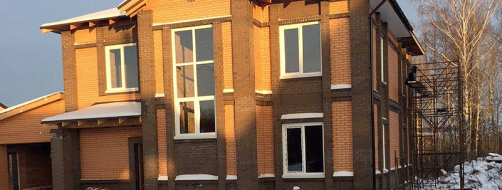 Как правильно установить окно по глубине стены